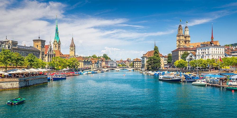 Villas, casas y chalets en venta en el Cantón de Zúrich (Suiza)
